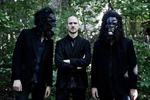gorilla_mask_promo_200512_07